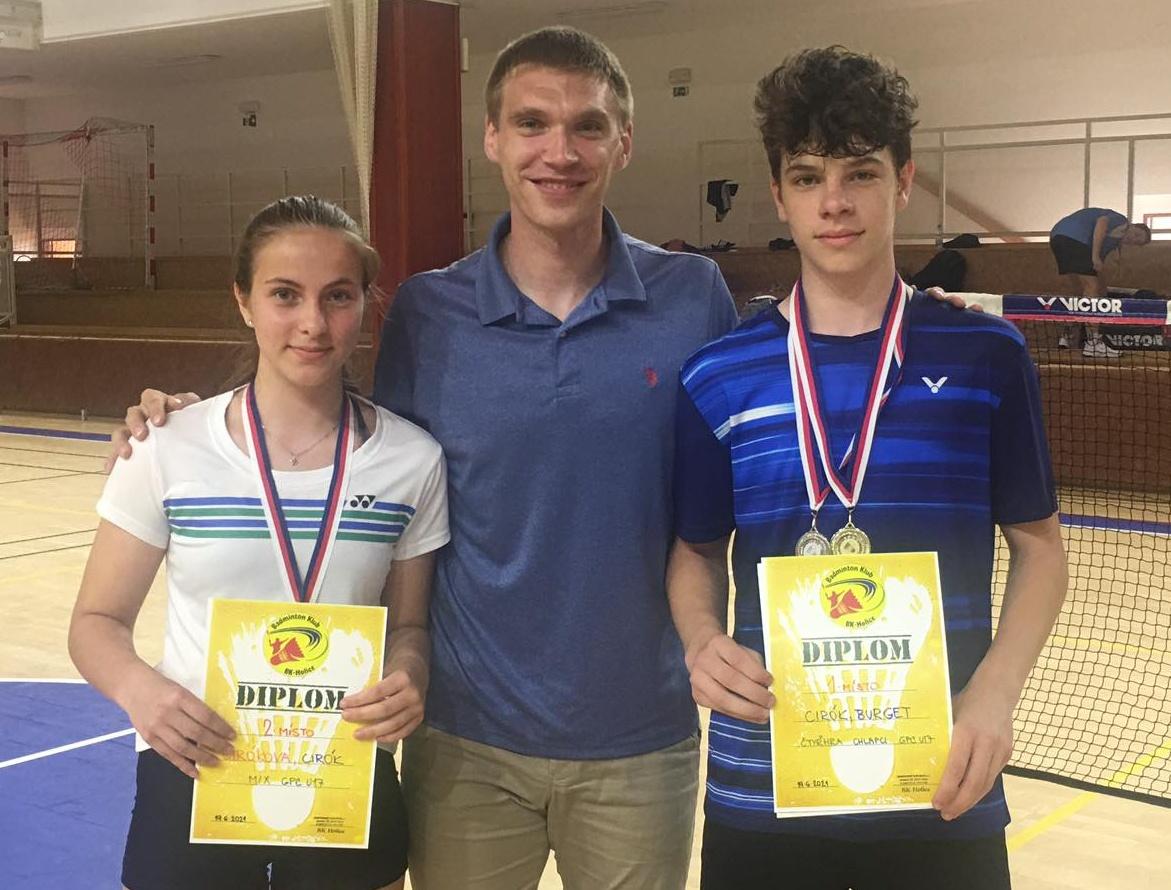 Spokojená trojice (zleva): Tereza Ciróková, trenér Milan Ludík a Josef Cirók.
